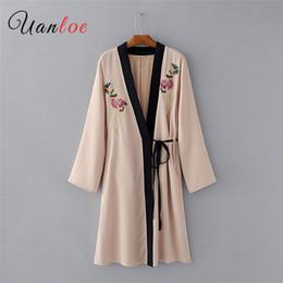 2019 kimono vintage floral 2018 Croix Mode Femmes Kimono Manteaux À Manches Longues Écharpes Feminina Blusas Point Ouvert Vintage Outwear Kimono Vestes kimono vintage floral pas cher