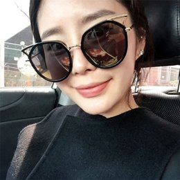 Wholesale Copper Shades - Fashion Brand Designer Womens Sunglasses Cool Cat Eye Sunglasses Ladies Vintage Pink Shades Mirror Sun Glasses UV400 97183