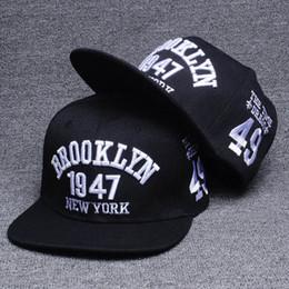 2018 Nouvelle Lettre De Mode Snapback Caps Hip Hop Mâle Os Casquette De Baseball Adulte Snapback Hommes Femmes Chapeau Baseball Chapeaux Plat Casquette Équipée ? partir de fabricateur