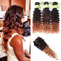 1b 27 человеческих волос weave Скидка Глубокая волна человеческих волос Ombre Weave 3 пучка с 4 * 4 кружева закрытие 1B / 4/27 трехцветный темно-коричневый мед светлые волосы наращивание
