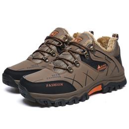 Súper hombres cálidos de cuero de invierno de los hombres de goma impermeables botas de nieve botas de ocio Inglaterra Retro zapatos para hombres de gran tamaño desde fabricantes
