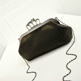 Wholesale Linen Evening Handbags - New Handbag Woven Bag Skull Ring Chain Bag Handbag Shoulder Messenger Evening