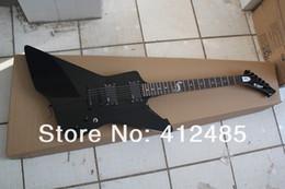 Argentina Envío gratis nueva llegada de la guitarra vendedora caliente SNAKEBYTE James Hetfield 6 cuerdas de la guitarra eléctrica en negro personalizado Suministro