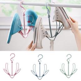 Rangement pour porte-chapeau en Ligne-Double crochet accrochant le support 360 ° de rotation des cintres pour des vêtements attache des chapeaux des foulards de stockage étagère WX9-621