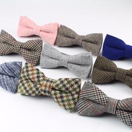 laços de qualidade e magro Desconto Alta Qualidade De Lã De Algodão Bow Tie Skinny Borboleta Estreito Cor Sólida Corbata Magro Gravata Cravat Acessórios de Vestuário