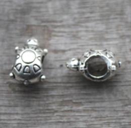 Wholesale turtles charms - 20pcs lot-Turtle Beads, Antique silver Tortoise bead, Beadwork Charms pendant 14X9mm