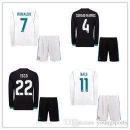 2017 2018 Real Madrid Futebol adultos longo de manga curta 17 18 maillot de  camisas do futebol RONALDO casa brancos afastado camiseta uniformes 6ed3fc1adfa5b