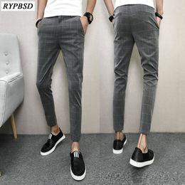 2019 брюки весенние плед для мужчин Korean Pants Men Spring Slim Fit Casual Men Plaid Pant Ankle Length Black Comfortable Clothes 2018 Brand Men's Trousers скидка брюки весенние плед для мужчин