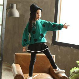 rock sport-set Rabatt 2018 neue Mode Grün Kinder Kleidung Set Mädchen Kleidung t-shirt + Röcke Hosen 2 stücke set Kinder Trainingsanzug Frühling Herbst Sport Anzug