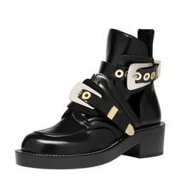 Bottes de cheville femmes en Ligne-Nouveautés Noir Bottines en cuir noir bout rond Guckle Strap Gladiator Sandals Bottes Pour Femmes Cut-out Dress Shoes Lady