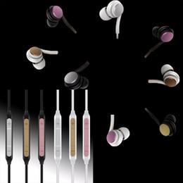 2018 NUOVO In Ear Grand Bass Wired Stereo Music Auricolari Auricolari universali per smartphone Supporto Android per iOS iPhone auricolare in metallo da