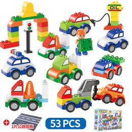 53 pz / set Auto Building Blocks 53 pz + 1 disco piatto treno digitale auto bambini giocattoli mattoni Intelligenza Educativa Sicuro Favore di Partito AAA1273 da fiammiferi dentellare di plastica all'ingrosso fornitori