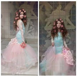 2019 bellissimi abiti rosa per i bambini Belle ragazze blu e rosa Pageant Gowns 2019 maniche lunghe in pizzo Backless Mermaid Flower Girl Abiti per abiti da festa per bambini di nozze bellissimi abiti rosa per i bambini economici
