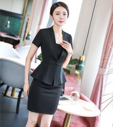 ab35ea120e Trajes de falda de las mujeres de la moda del verano Blazer negro y  conjunto de la chaqueta Desgaste del trabajo Señoras de la oficina Trajes  de negocios OL ...