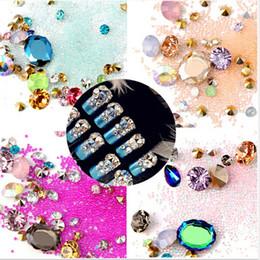 Nuovo 1 scatola di strass colorati misti per le unghie 3D Pietre di cristallo per decorazioni di unghie fai da te Design Manicure diamanti da