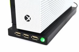 Xbox alto online-Alta calidad Para Xbox One S Soporte vertical portátil con ventilador, soporte vertical Soporte Soporte para Xbox One S con 3 puertos USB