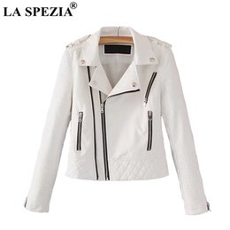 leather jackets silver women Promo Codes - LA SPEZIA Leather Jacket For Women White Motorcycle Rock Coat Ladies Biker Punk Zipper Pockets Autumn Winter Jackets Fashion