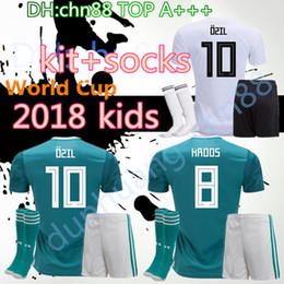 2019 camisa ozil alemanha 2018 Copa do Mundo de crianças camisola de futebol kit + meias HUMMELS 19 Alemanha GORETZKA OZIL KROOS sane DRAHLER WERNER meninos criança uniforme de futebol camisas camisa ozil alemanha barato