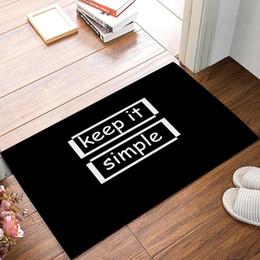 Alfombras de baño negras online-Keep It Simple - Blanco y negro Tapetes de puerta Cocina Floor Bath Entrance Tapete de alfombra Absorbent Indoor Bathroom Decor Felpudos
