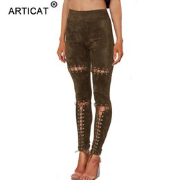 alta cintura de couro magro pernas Desconto SIBYBO Camurça De Couro Lace Up Calças Mulheres Sexy Oco Out Skinny Estiramento Bodycon Calças de Cintura Alta Magro Bandage Legging Calças