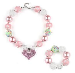 acryl chunky perlen halskette Rabatt Pink Chunky Halskette Armband Schmuck Sets DIY Kinder Bubblegum Herzanhänger Acryl Perlenkette Anhänger für Mädchen Kleinkind Großhandel