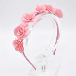 18pcs Lünette für Mädchen Haarschmuck Blume Stirnband Garn Form Kranz Kopfschmuck Romantische Haarband Rote Farbe Braut Headwear FG011 von Fabrikanten