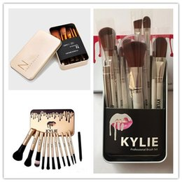 Wholesale cosmetic beauty boxes - Kylie Makeup Brushes 12 pcs Professional Brush Sets Brands Make Up Foundation Powder Beauty Tools Cosmetic Brush Kits with Retail Box