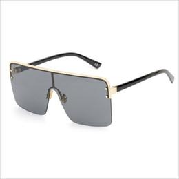 ea1255e61ee4e Oversized Quadrado óculos de sol para homens um pedaço de lente à prova de  vento semi-sem aro mulheres óculos de sol preto 2018 moda óculos de sol  mulheres ...