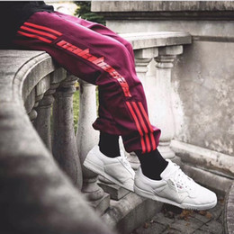 Wholesale Women S Hip Hop Sweatpants - 2017 Kanye West Season 4 Sweatpants Calabasas Old School Men Pants Three Bars Trousers Fashion Hip-hop Joggers Pants Sport Men Women HFKZ001