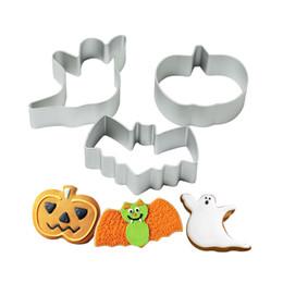 Wholesale Metal Cookie Cutter Sets - 3pcs set Halloween series pumpkin ghost bat Shape Metal Cookies Cutter Aluminum alloy Material Tools