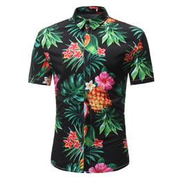 2019 frutta abbigliamento Hip Hop Fruits Shirt Handsome Boy Summer Casual Blusa maschio Dinner Party Abbigliamento ananas stampato Top Fashion Covered Button frutta abbigliamento economici