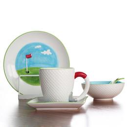 Pintando platos de cerámica online-Creative Golf Lovers Gift Set de desayuno de cerámica Alivio pintado a mano Pelota de golf Platos de cena Platos Plato de cereal Taza de café