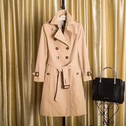 Semplice cappotto lungo donna online-Tinta unita Semplice giacca a vento donna lungo cappotto allentato impermeabile doppio petto stile inglese autunno inverno Gabardine A31