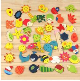 Ímãs engraçados por atacado on-line-Criativo Por Atacado 12 pcs (1 Pacote) / Lote Dos Desenhos Animados Engraçado Brinquedo Do Bebê De Madeira Imã de Geladeira Imãs de geladeira Presente Venda Quente