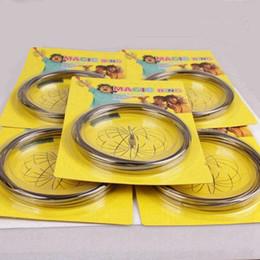2019 articles de jeux d'eau Nouveau métal Toroflux Flow anneau Toy Holographic par tandis que Moving crée une bague Flow Flow Rainbow Toys anneaux avec forfait 120pcs