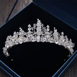 Wholesale Accessories Art - 2018 Greek Goddess Art Retro Hair Accessories Bridal Wedding Jewelry Wedding Dress Studio Tiara Crown Molding