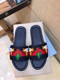 7b5f390d19e892 Classic slip slipper 207559 Men Slippers Slippers Drivers Sandals Slides  Sneakers Leather Slipper