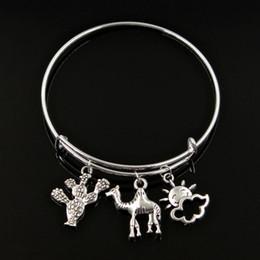 Bracelet de chameaux en Ligne-New Silver Metal Femmes Bracelet Vintage chameau voyage dans le désert cactus sun travel Charms Accessoire Hommes Bracelets Bijoux Cadeaux