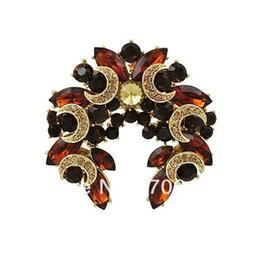 Spilla a forma di stella in lega di zinco tono oro 1,8 pollici con strass marrone e spilla a forma di corona di stelle da
