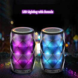 alto-falante de mudança de cor Desconto Cristal pode diamante speaker bluetooth sete mudança de cor portátil sem fio speaker para subwoofer ao ar livre apoio tf cartão mic mis181