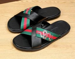de45016b589ea Männer Designer Sandalen 2018 Kausal Gummi Sommer Huaraches Hausschuhe  Loafers Mode Wohnungen Leder Luxus Marke Dias Designer Sandalen 38-45