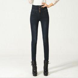 Ganga jeans elástica on-line-Calças de Ganga de Cintura Alta das mulheres Elásticas Skinny Denim Calças Longas Lápis Venda Quente Plus Size 40 Mulher Jeans Camisa Feminina Senhora Gordura