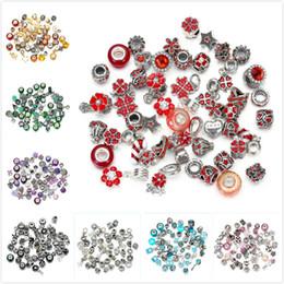50pcs / lot Branelli allentati di cristallo di modo europeo ed americano di modo dei braccialetti degli accessori della collana del braccialetto 10 stili che spedice liberamente da