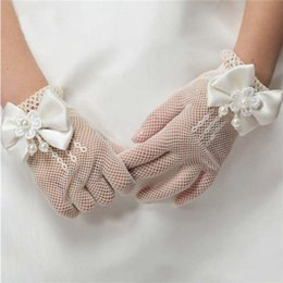 Wholesale Girls Lace Glove - New Girls Gloves Cream and White Lace Pearl Fishnet Communion Flower Girl Party and Wedding Gloves B11