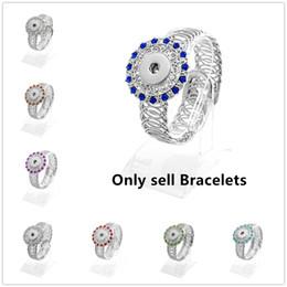 Boutons de couleur multicolores en Ligne-Mode Bracelet à breloques rétro Bracelet multicolore en argent rétro 18MM Ginger Snap Button Accessoires Bracelet de manchette fait main bijoux diy bijoux