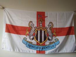 Wholesale sporting football club - Newcastle United FC Flag 90 x 150 cm Polyeter England Football Club Sports Banner