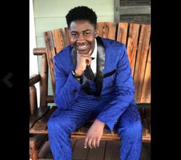 pajarita azul real Rebajas Royal Royal Wedding Tuxedos Lace Fit Fit 2020 trajes de novio Padrino de boda por encargo El mejor hombre en trajes de baile Pantalones negros (chaqueta + pantalón + pajarita + chaleco)