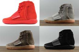 Castanho claro preto on-line-Hot sapatos de grife de vendas Kanye West 750 botas Cinza claro Sapatilhas marrons Triplo Preto Cinza Sapatos casuais 750 Caminhadas ao ar livre sapatos de corrida