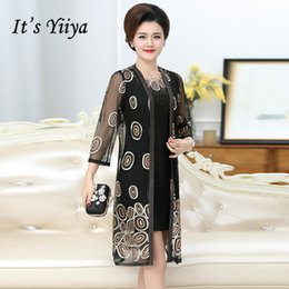 970058364c3 It s Yiiya Mother of the Bride Dresses Plus Size Embroidery 2 piece set  Fashion Designer Lace Elegant Mother Dress M004