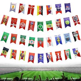 Bandiera di stringa di striscioni online-Ornamenti per feste 2018 Football World Cup Team Logo Bunting Attività Spazio Decorazione 34 String Bandiere Bandiere Pennants